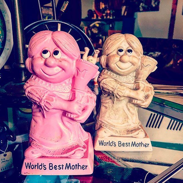 本日はお母さんに感謝の日でございます私も感謝しながら営業しますfilament開店しております️️️️️#filament #ビンテージ雑貨 #ビンテージ食器 #ビンテージトイ #vintageshop #vintage #十勝のビンテージ雑貨屋#母の日#アメリカンビンテージ#メッセージドール #70s messagedoll#北海道#