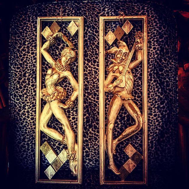 本日は️️️昨日までのポカポカ️陽気が......まぁ降ってるものは仕方ないので今日はマッタリと仕事しますfilament開店しております️️️#filament#十勝のビンテージ雑貨屋 #vintageshop #vintage #50svintage #50swalldeco #harlequin #ハーレクイン#アメリカンビンテージ