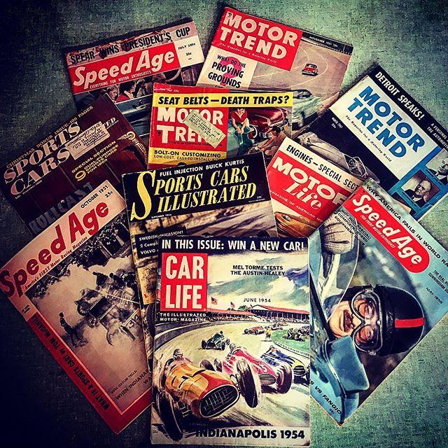 昨日、楽しみにしていた子供達の運動会が雨️で延期〜〜火曜日になってしまいました️️そんな訳で、ご迷惑おかけいたしますが...火曜は臨時休業とさせて頂きます️そして入荷じょ〜ほ〜〜50sのmotormagazine色々入ってきましたよ️filament開店しております️️️#filament#vintageshop #vintagebook #50svintage #十勝のビンテージ雑貨屋 #carlife #speedage #motorlife #vintagemotormagazine